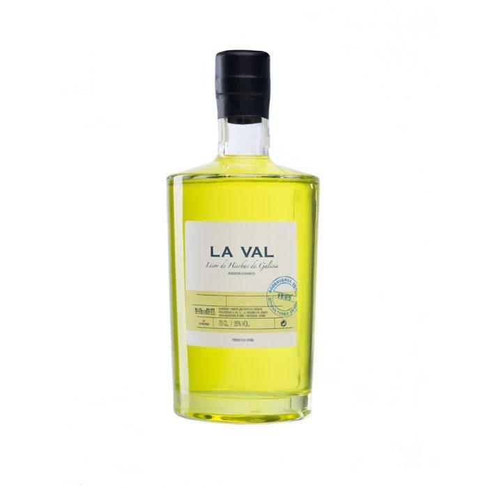 Licor de hierbas La Val